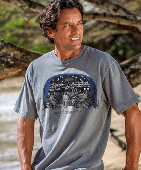 man wearing gray Kliban cat shirt