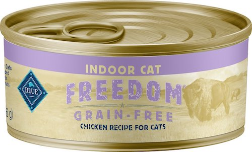 Can of Blue Buffalo wet food for indoor cats