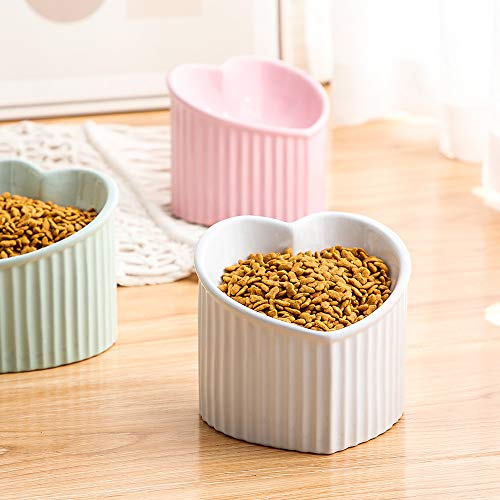 Pastel heart-shaped elevated bowls for cats